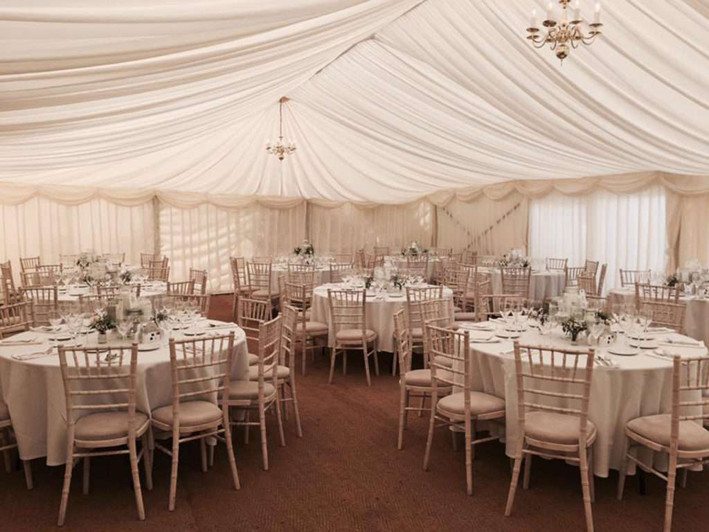 how do you plan a marquee wedding